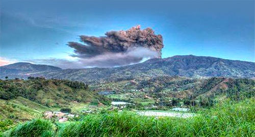 costa-rica-voyages-volcan-turrialba